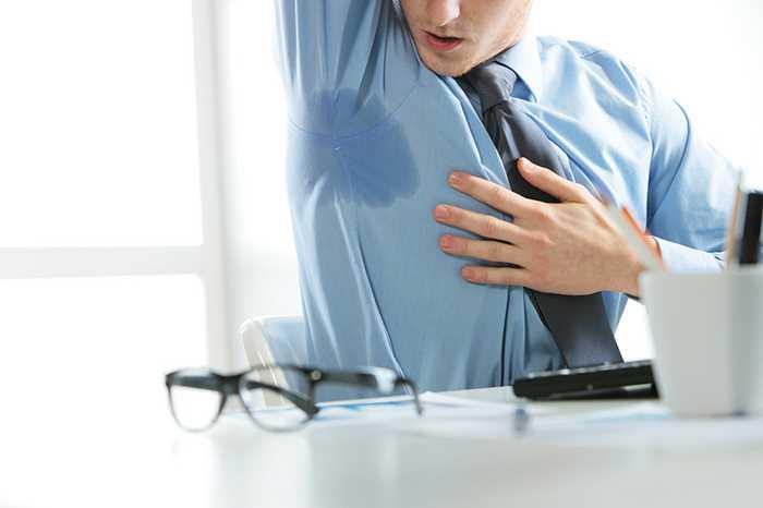 При остеохондрозе есть потливость