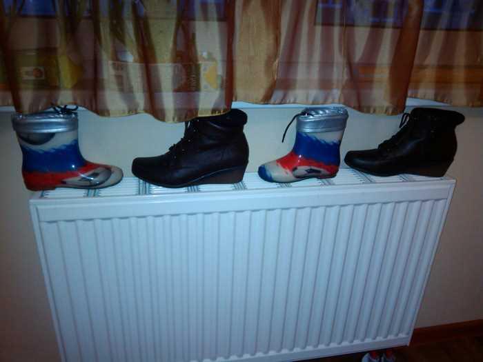 Рекомендуется сушить обувь